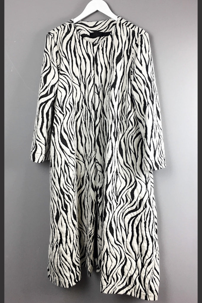 Unusual new clothing tiger striped duster coat