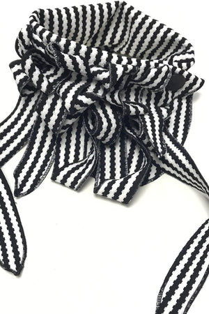 Scarlett - Monochromatic Striped Scarf