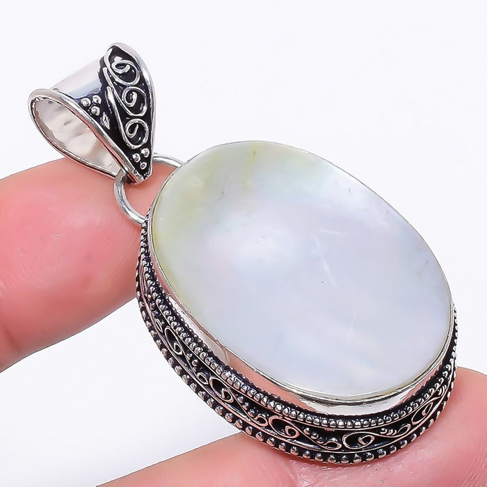Mother Of Pearl Gemstone Vintage Jewelry Pendant 2.0 Inches RP119