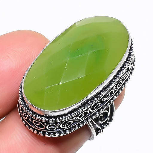 Green Chalcedony Vintage Jewelry Ring Size 5.5 RR1369
