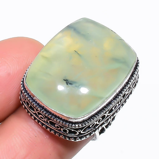 Prehnite Gemstone Vintage Jewelry Ring Size 5.5 RR1449