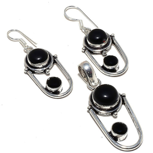 Black Onyx Gemstone Handmade Ethnic Jewelry Set RS317
