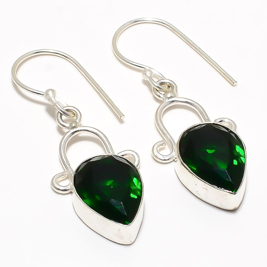 Chrome Diopside Gemstone Ethnic Jewelry Earring 1.6 Inches RJ3295