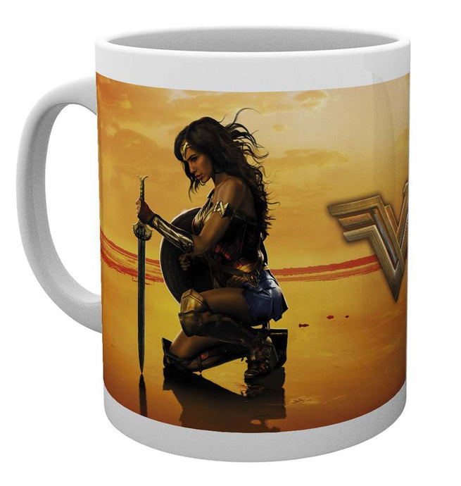 Wonder Woman Kneel Mug