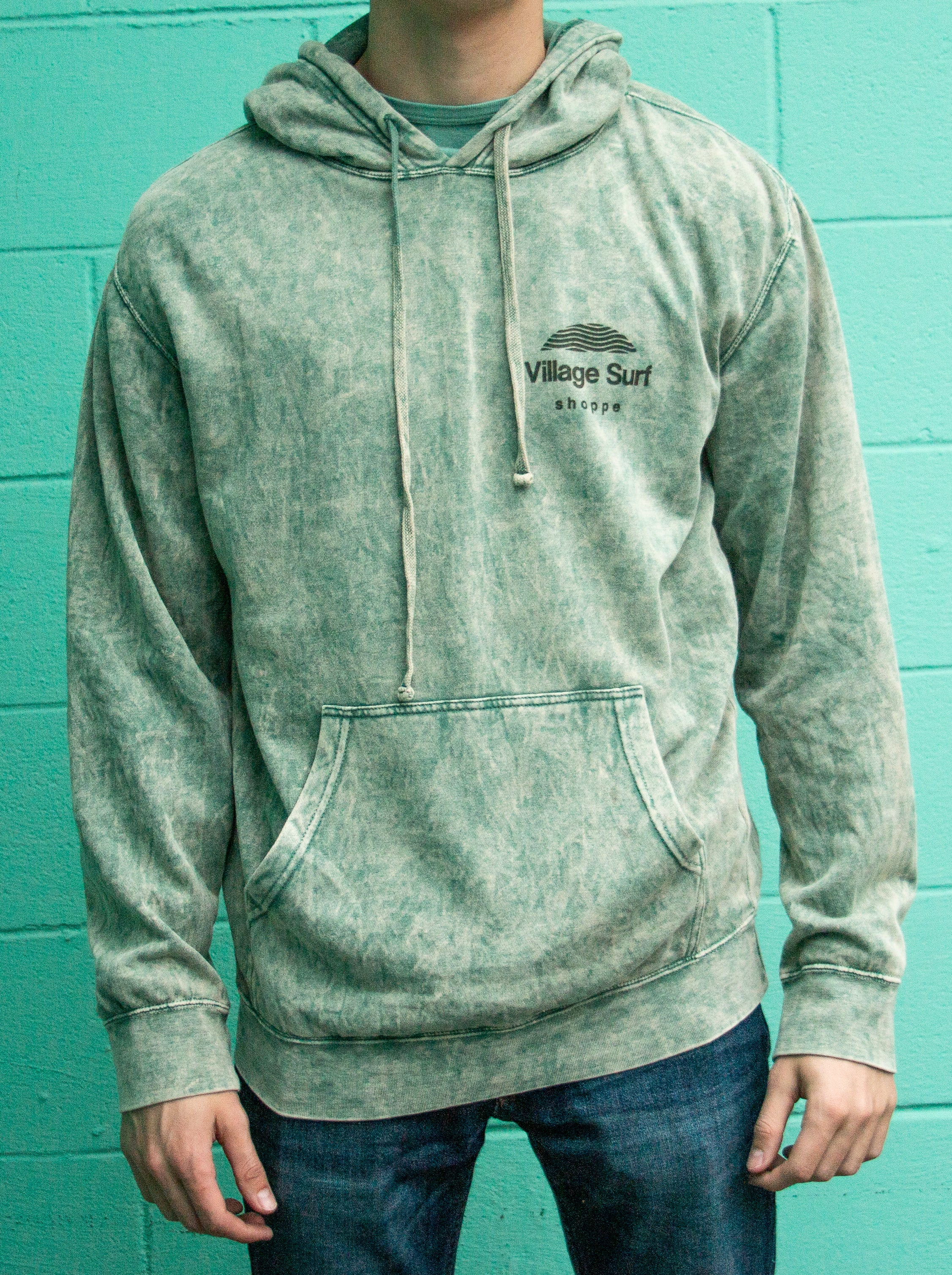 Dyed green Sunrise pullover hoody