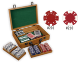 Poker chips set in an oak wood case with 100 chips and removable chip trays
