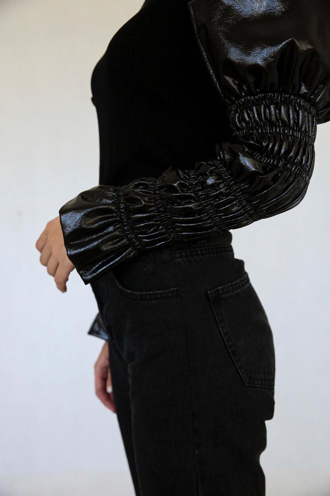 Turtleneck with leather sleeves