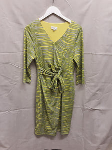 Almost Famous green dress like new size 14