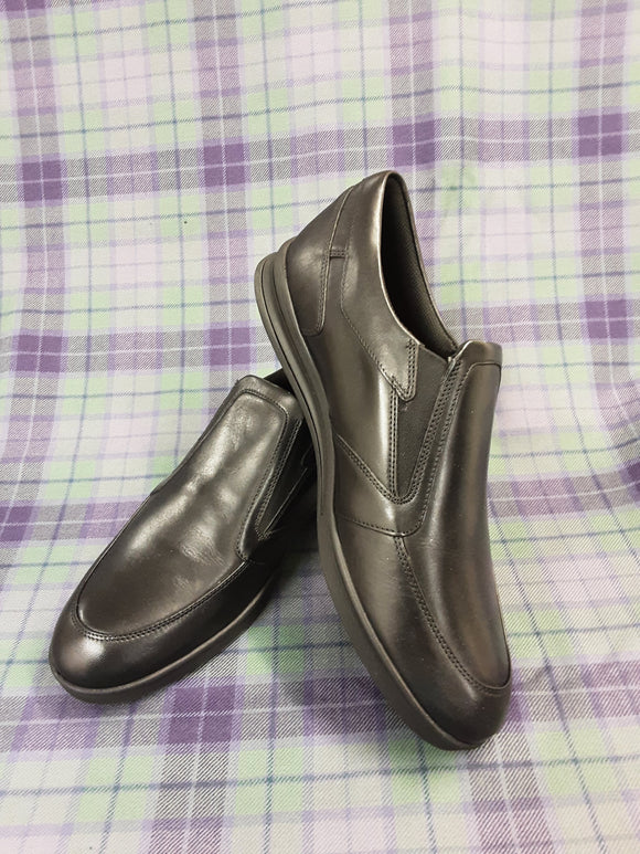 Mens black leather Kickers shoes size 11 - H70