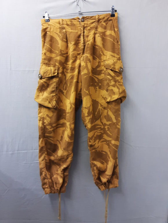 Vintage Recycled Combat Trousers from Urban Renewal size 16 - H70