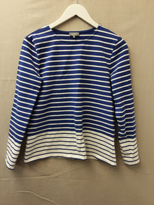 Jaeger long sleeved top size s - H70