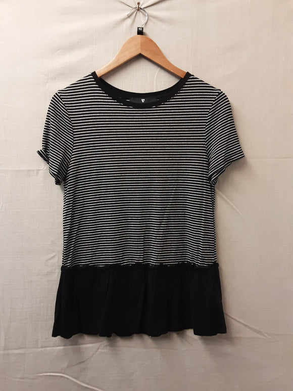 Ladies Black Very T-Shirt Size 10
