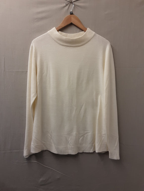 Ladies Cream Damart Sweatshirt Size 20