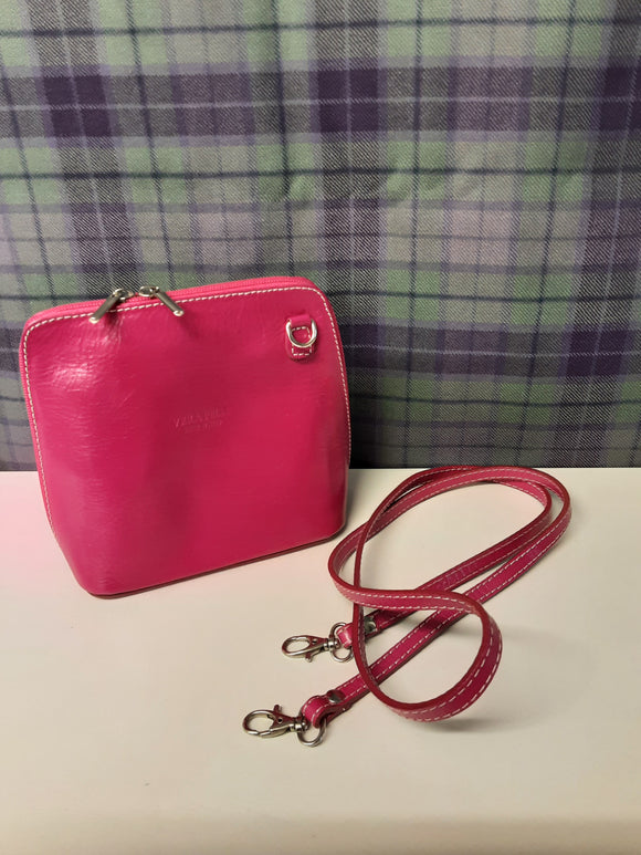 New Vera Pelle pink shoulder bag