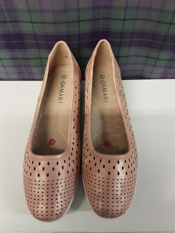 Ladies Damart Pink Shoes Size 9