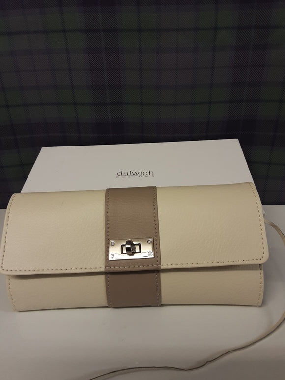 BNWT Dulwich Designs leather purse in box