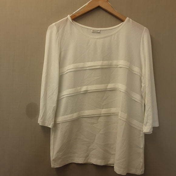 BNWOT Ladies Damart Cream Blouse Size 16
