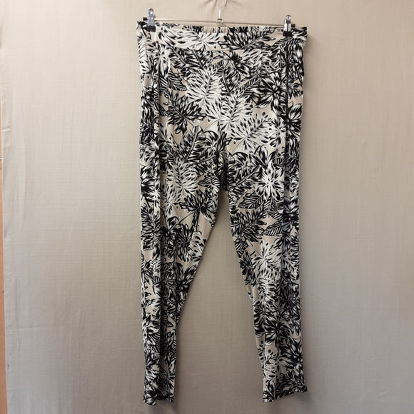 Wallis Black and White Trousers Size 14