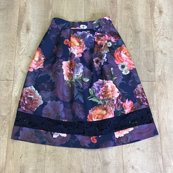 Oasis Purple Floral Skirt Size 8