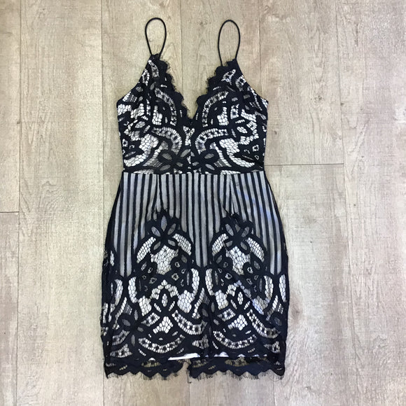 Love & Other Things Lace Dress Size S