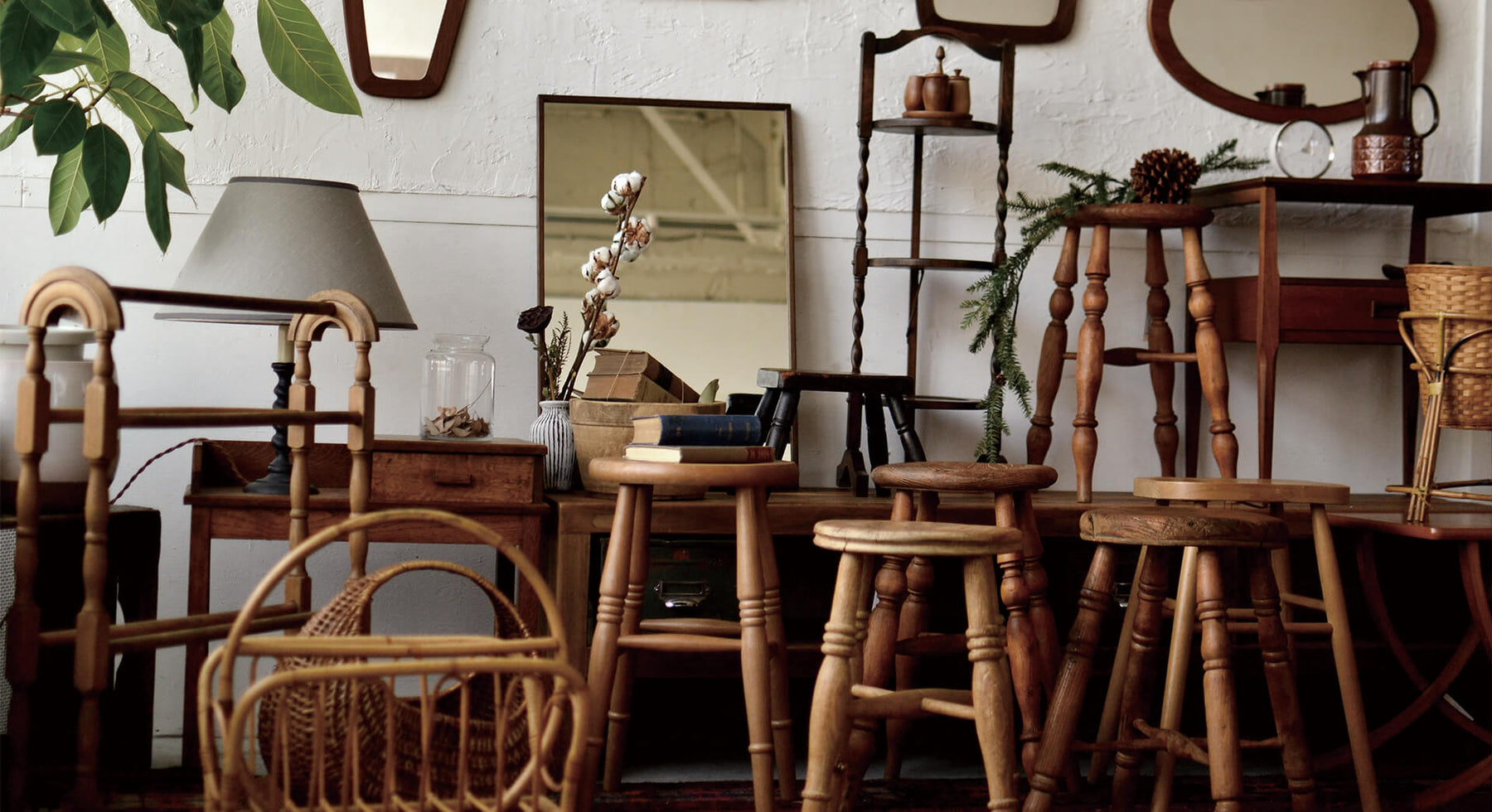 THE SMALL VINTAGE FURNITURE FAIR