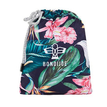 Load image into Gallery viewer, Roscoe Swim shorts by Bondi Joe Carry Bag shot