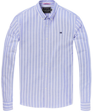 Load image into Gallery viewer, Regular Fit Classic Oxford Shirt
