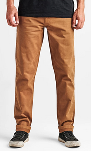 Roark Porter Chino Pant in Dark Khaki