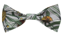 Load image into Gallery viewer, Peggy & Finn Banksia Bow Tie in Grey
