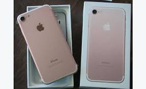 Apple - iphone 7 32GB (Unlocked) Open Box
