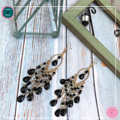 Sexy Teardrop Chandelier Earrings in Black and Gold - Harness Merece by GTG