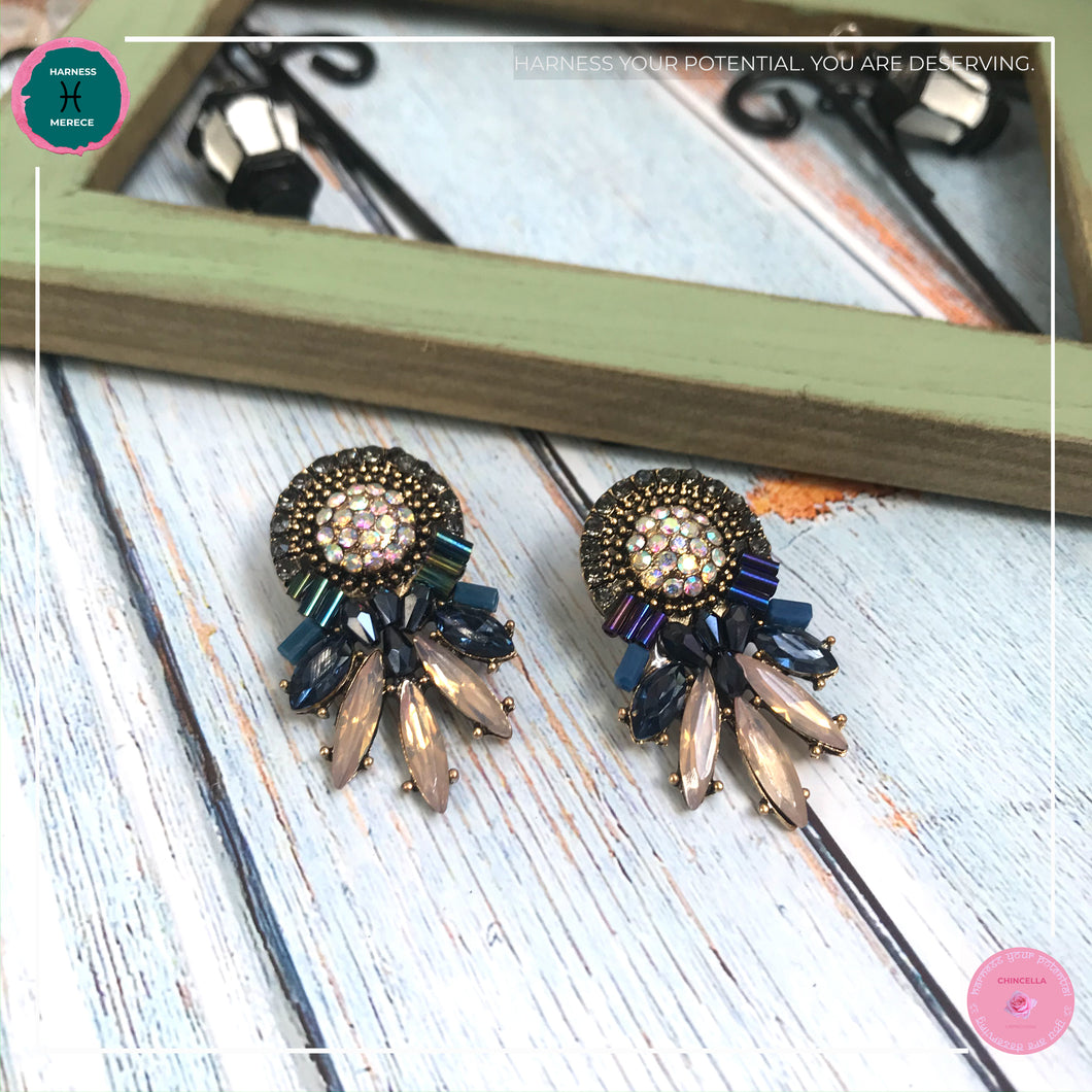 Luxurious Retro Stud Earrings in Dark Blue and Blush Pink - Harness Merece by GTG