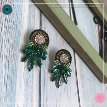 Load image into Gallery viewer, Luxurious Retro Stud Earrings in Green - Harness Merece by GTG
