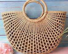 Load image into Gallery viewer, VIntage style Rattan Chic, ladies bag