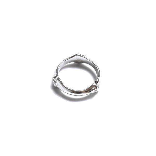 bone shaped band ring (SIL)