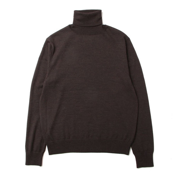 turtleneck sweater (CHL)