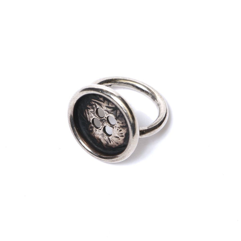 BUTTON SILVER RING (SIL)