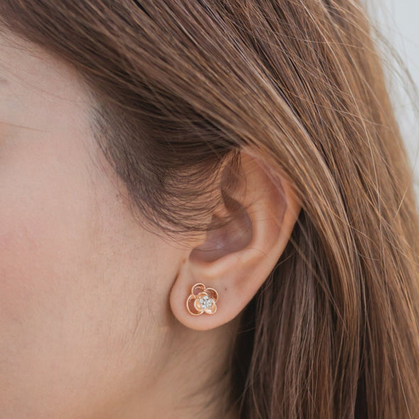 Linnea Earrings Clear Crystal Rose Gold Plated Lush Addiction Crystals from Swarovski Model Shot