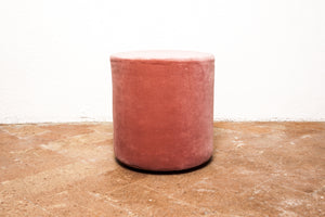 Christina Lundsteen | pouf rosa
