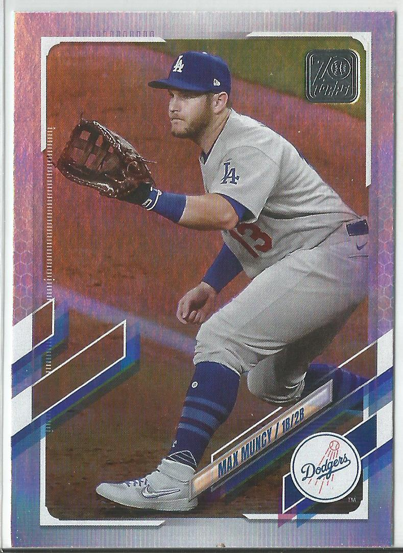 Max Muncy 2021 Topps Series 1 Rainbow Foil #302