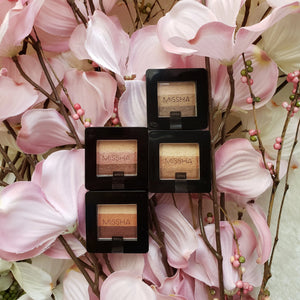 Eyeshadow in 4 Colors