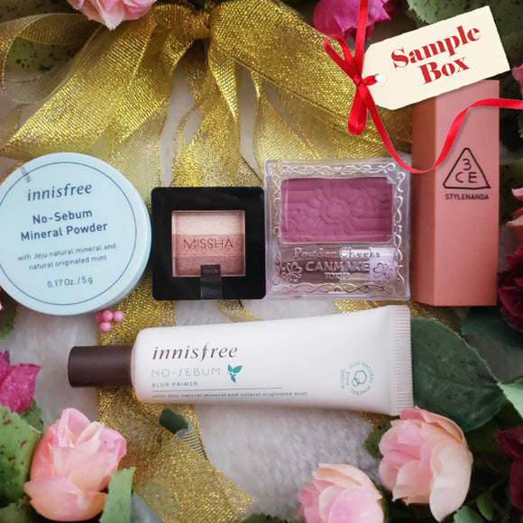 This makeup box includes Canmake powder cheeks, Innisfree blur primer, 3CE lip #219, Missha Triple eyeshadow
