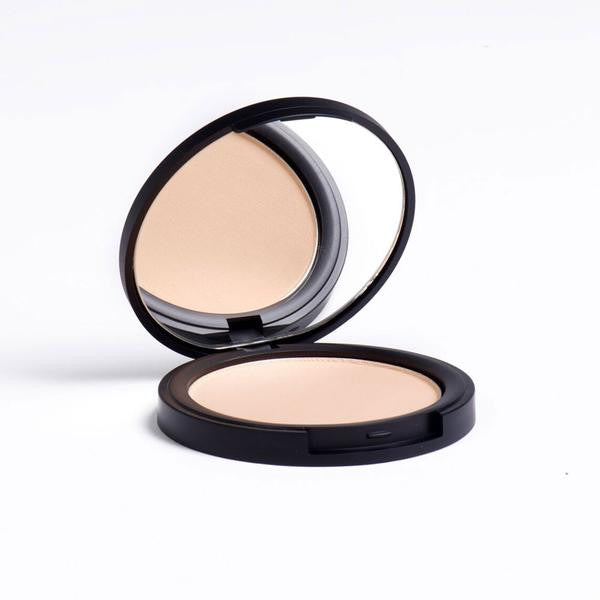 tmf Flawless Mineral Compact Foundation in Kerr