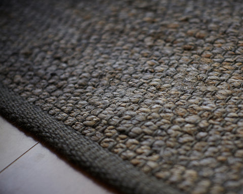 Savannah Dark Gray Jute Rug Close Up