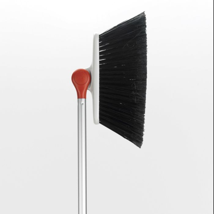 OXO - Angled Broom