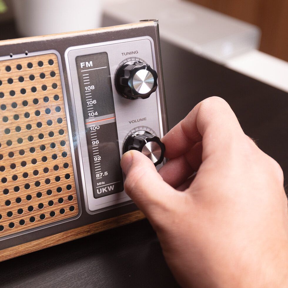 Haynes Build Your Own Retro Radio Kit