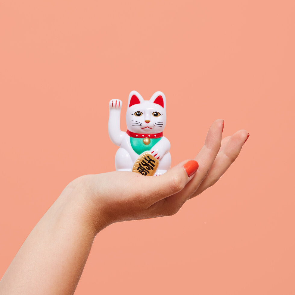World's Smallest Lucky Cat