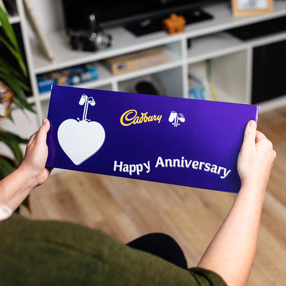 Personalised Christmas Cadbury Dairy Milk 850g - Heart Emoji
