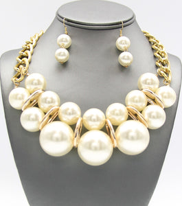 DONNA NECKLACE - CREAM
