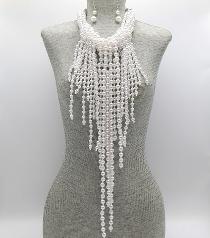 HANNA FRINGE NECKLACE - WHITE